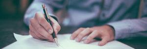 Man unterzeichnet Vertrag - nach privatinsolvenz wieder kreditwürdig