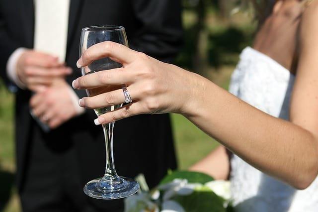 Hochzeit finanzieren ringe