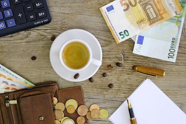 Ratenkredit ohne Schufa finanzen prüfen