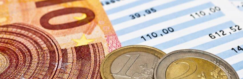 Geld und Kontoauszug
